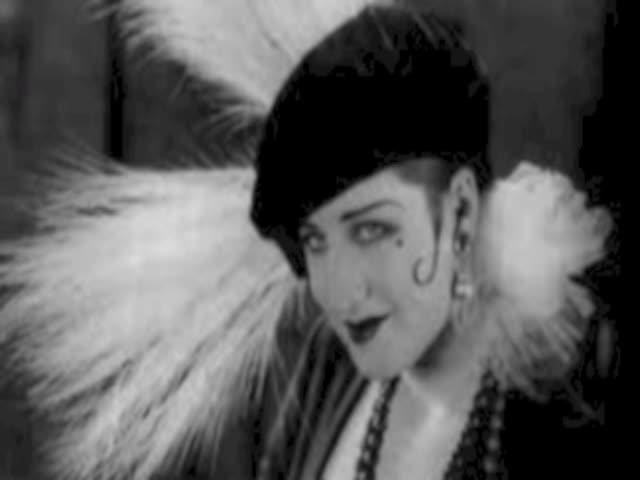 Women in the 20s- Sarah Clingenpeel
