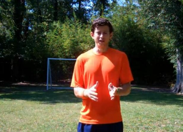 How_to_Receive_a_Soccer_Pass